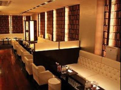 銀座のニュークラブ、ダリアの店内画像