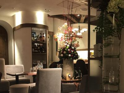 銀座クラブ、葵木の店内画像