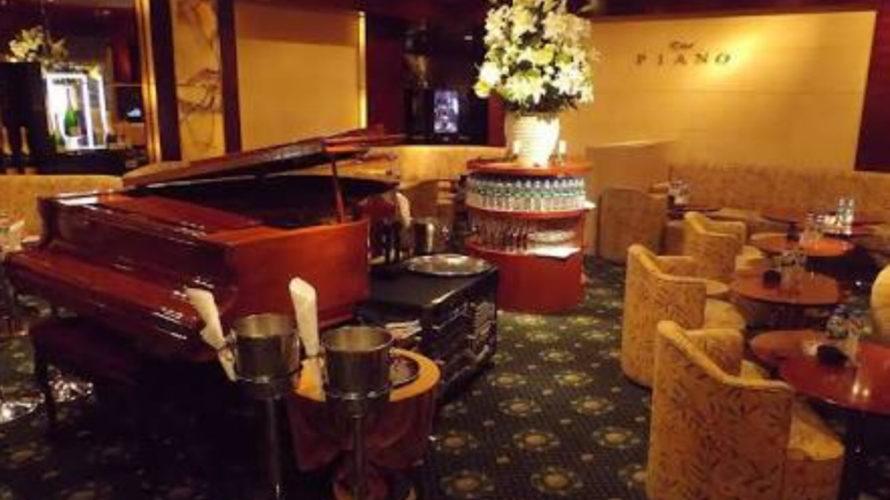 六本木ピアノPIANOの店内画像
