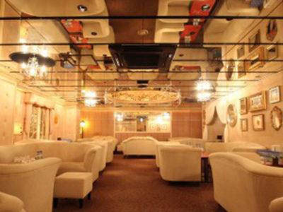 六本木クラブ、リヤンの店内画像