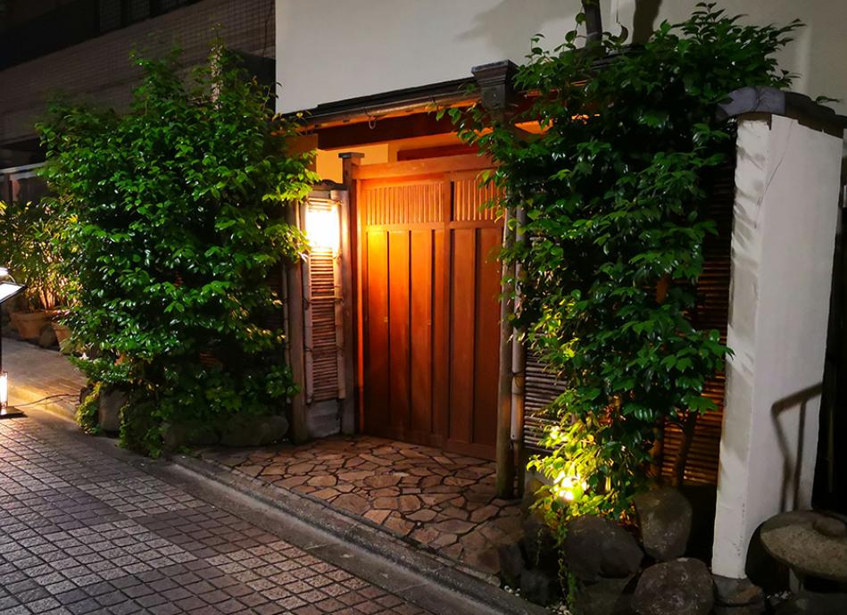 神楽坂ユイへのアクセス方法