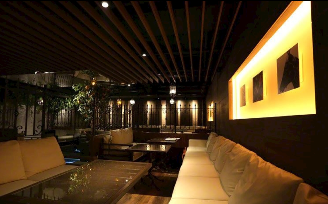 新宿歌舞伎町キャバクラ「オレンジテラス」