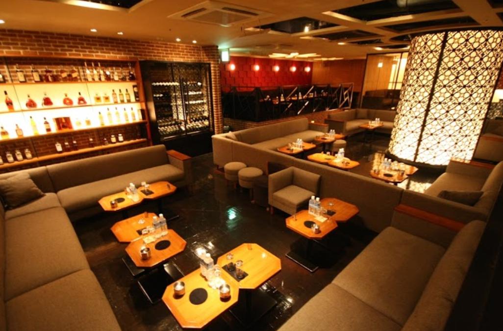 新宿歌舞伎町キャバクラ「アジアンクラブ」